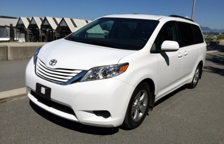 2015 Toyota Sienna LE 8 Passenger FWD